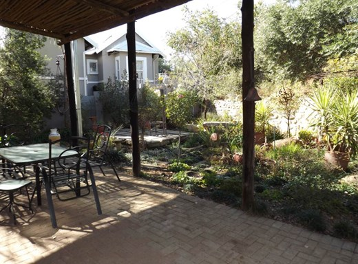 3 Bedroom House for Sale in Baysvalley
